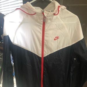 Nike light spring jacket